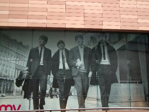 HMV_window